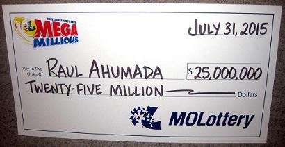 Raul Ahumada's oversized check of winning $25 million Megamillions jackpot.